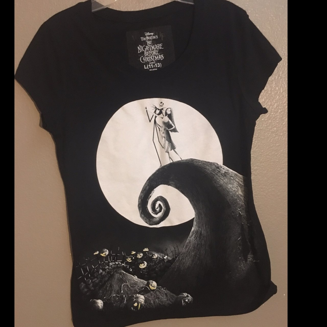 2c54819e8 Nightmare Before Christmas Shirt Brand New Says Large A Depop