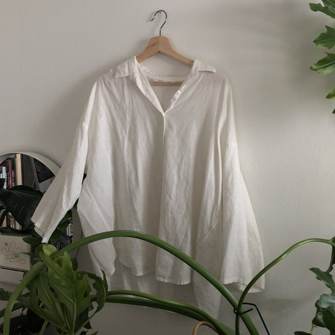 ca0bddd3634c8d UNIQLO white linen button up shirt. Very flowy and light. I - Depop