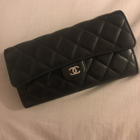 c1e7271c977e @brionyrefson. 9 months ago. Leeds, United Kingdom. Chanel classic flap  black quilted wallet in lambskin leather. Silver hardware ...