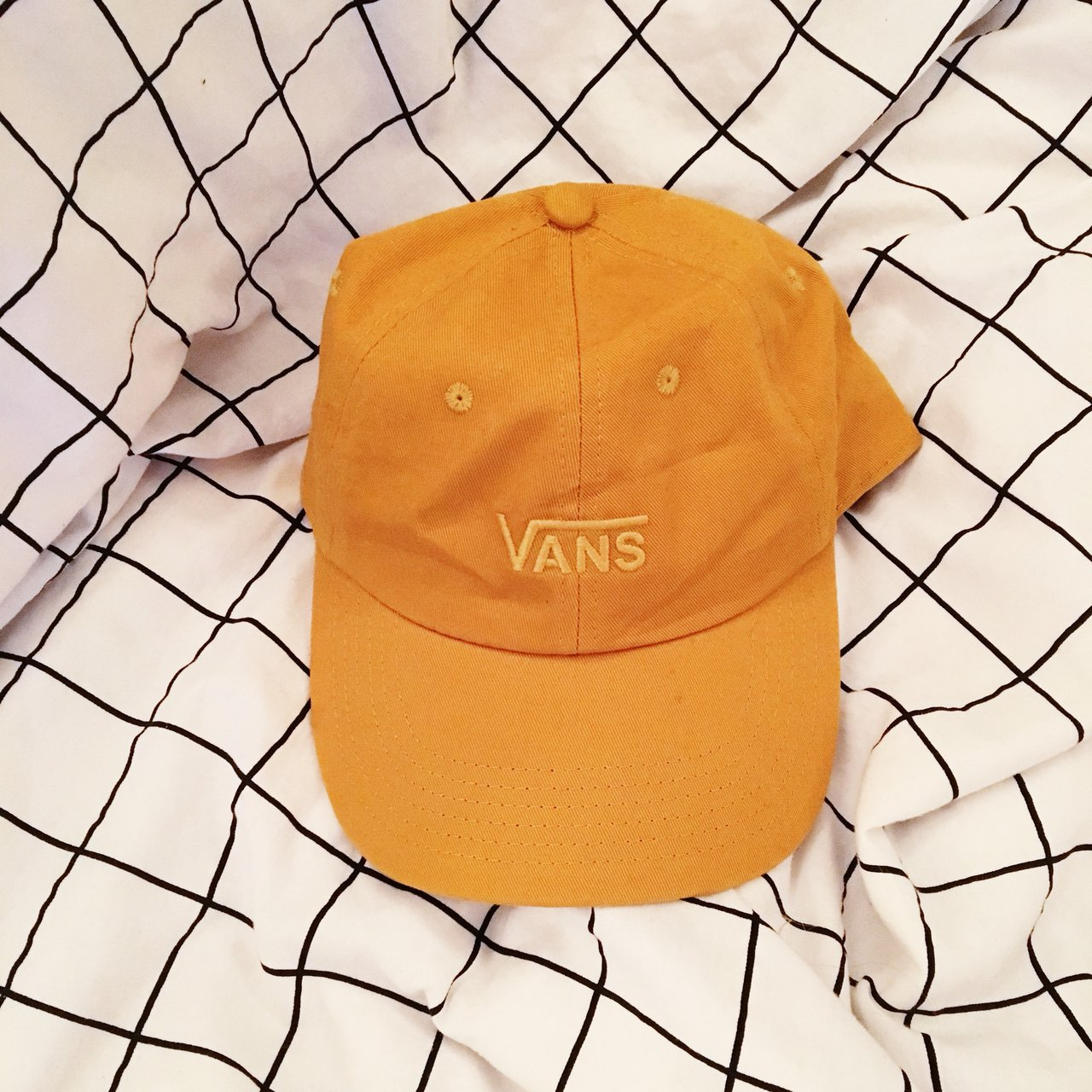 1de081ef51f7e mustard yellow embroidered vans dad hat. only worn once