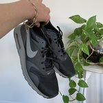 7853d4ebb6724 Size US 12 Nike Roshe Two Black Anthracite Grey Great Worn - Depop