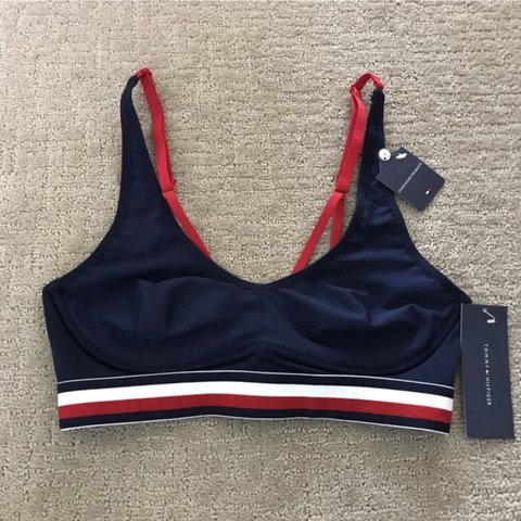 fa5a2ea2ddad @onnizha. last year. Houston, United States. Brand new. Message me anytime!  Tags: Free Ship Calvin Klein Sports Bra Bralette Panty Thong Set ...