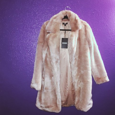 9ba16838a85d @_yenzzz. 3 years ago. Las Vegas, NV, USA. MissGuided, longline faux fur  coat in pink ...