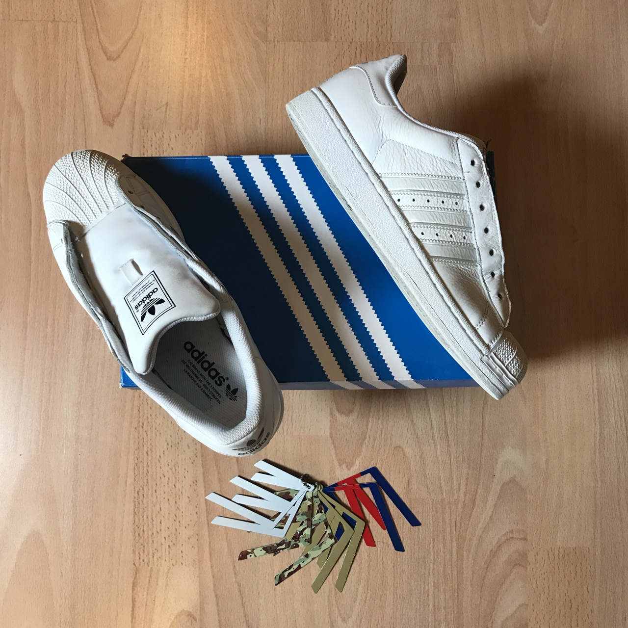 CHANGEABLE STRIPES! Adidas superstar 2