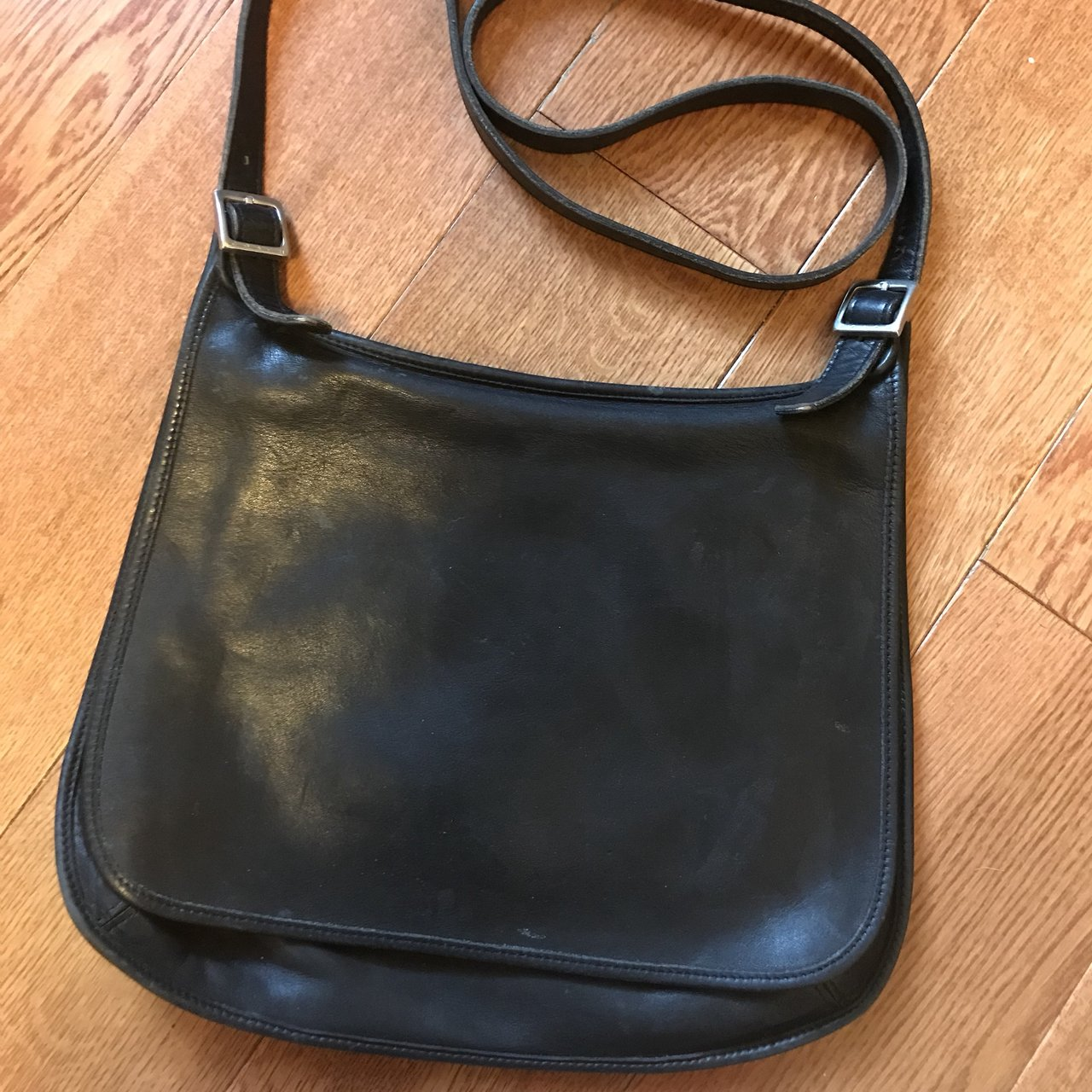 Selling a gently used Vintage Coach over the shoulder purse - Depop df3ecd04a1c67