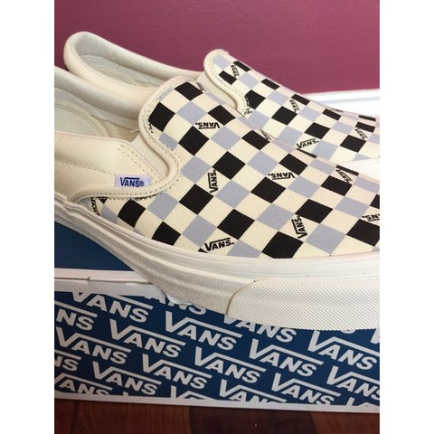 262f6ccf1e80 Vans Vault Tri Check OG Classic Slip-On LX. White black and - Depop