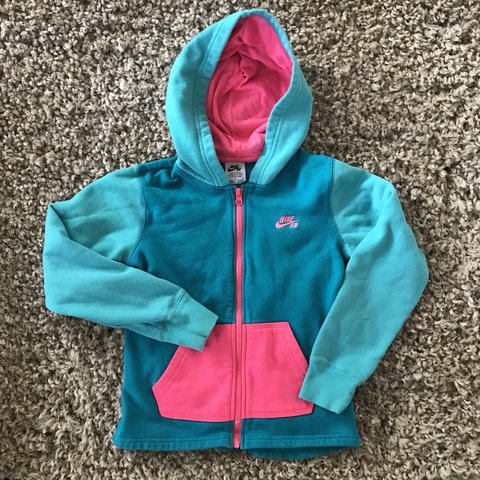 aa0bb9e392 Girls pink and blue Nike SB zip up hoodie with front pocket - Depop