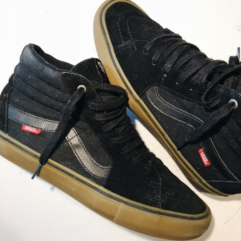 VANS SK8-HI PRO SHOE 👞 🛠 BLACK WITH GUM SOLE GREAT NO - Depop c691f8c53