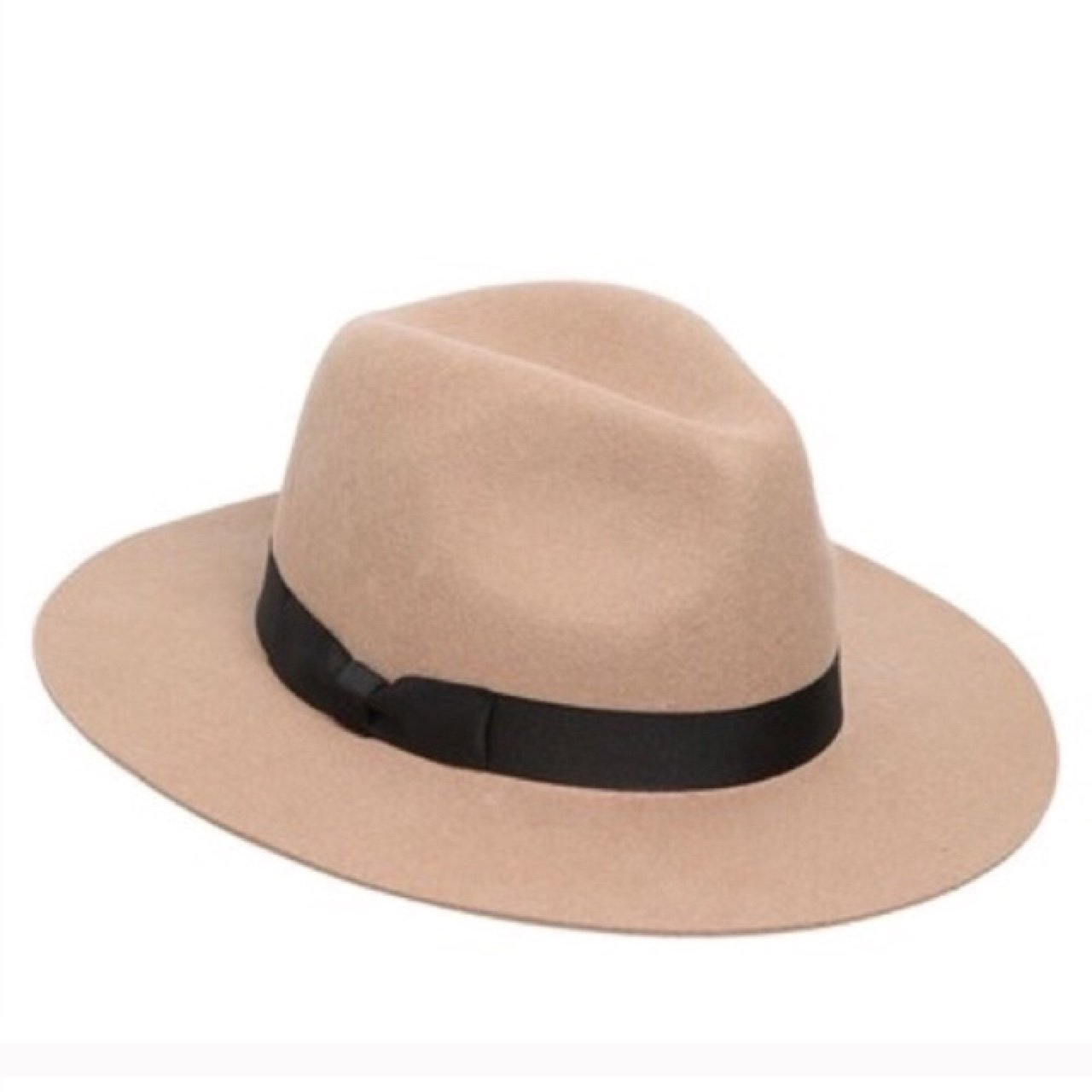 LACK OF COLOR THE MIRAGE CAMEL WOOL FEDORA HAT Super cute + - Depop 47ec27a4162