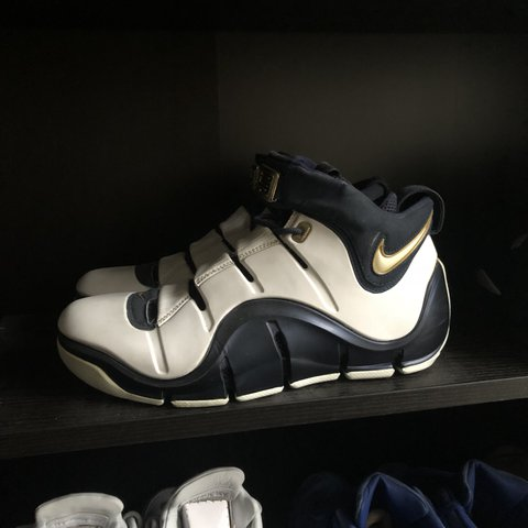 new style 39a7f 7dc39  lyle23. 3 months ago. Woking, United Kingdom. Nike Lebron IV white and gold .
