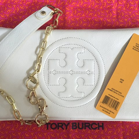 c7d08942353 @baige58. 3 years ago. United States. FOR SALE: Tory Burch Bombe Reva Clutch .