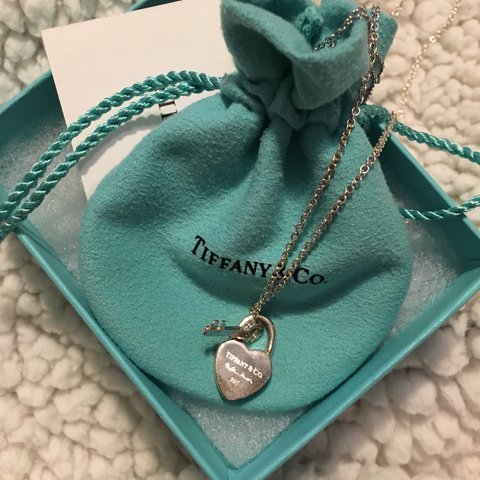 fb15895b17 @mal_eyy. 9 days ago. Los Angeles, United States. Tiffany & co charm ...