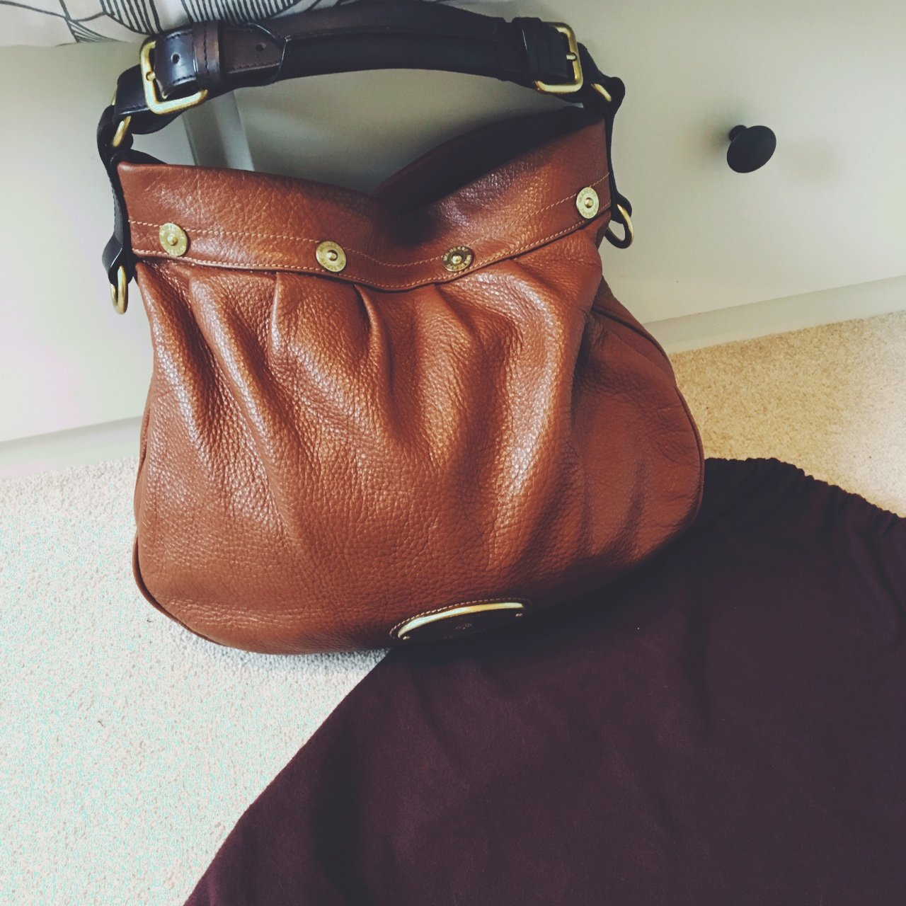 5b78d1f4a7 Genuine Mulberry Mitzy Hobo bag in tan. Only used a couple a - Depop