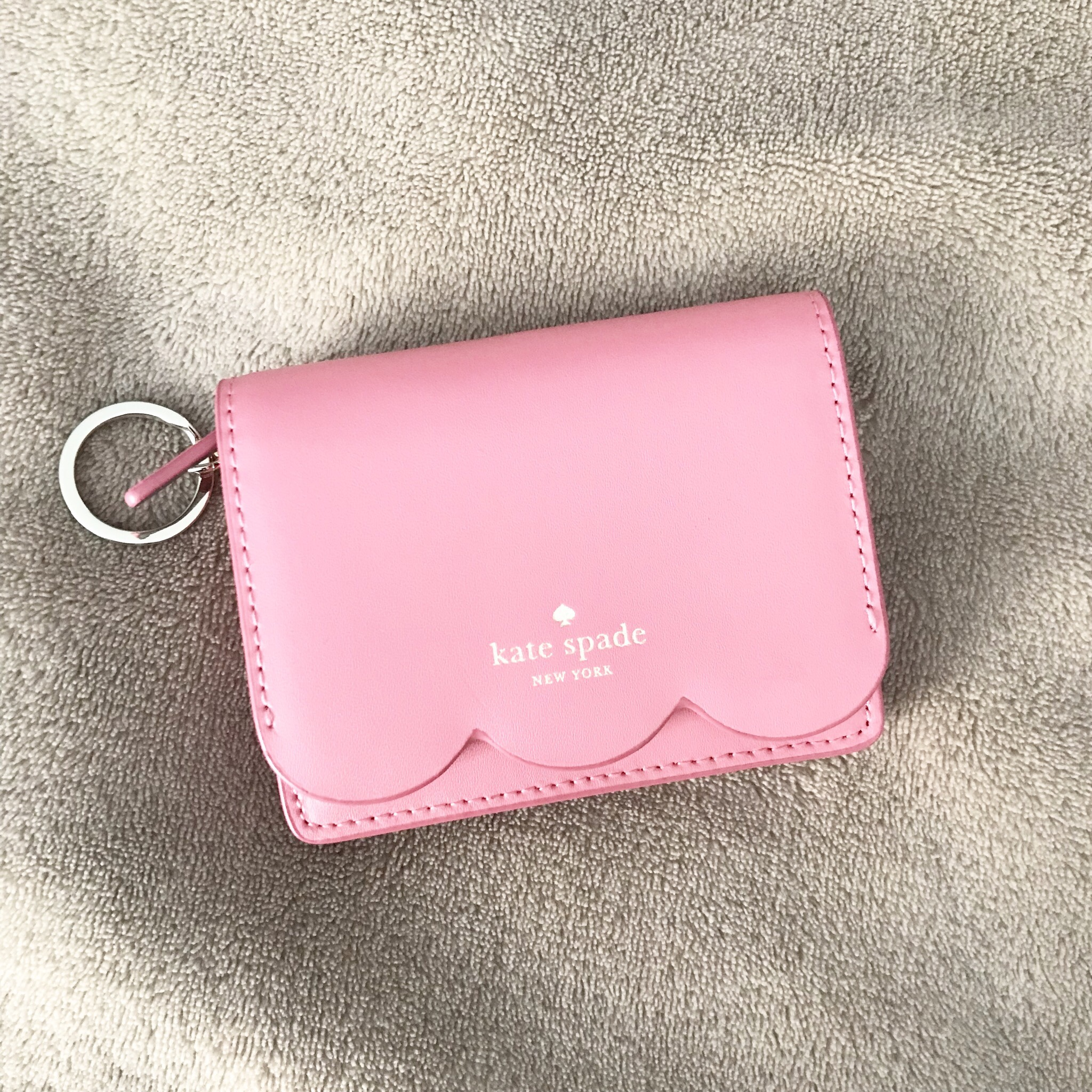 ee47e7c5bb9f Kate Spade Magnolia Street Piper Wallet | Brand new... - Depop
