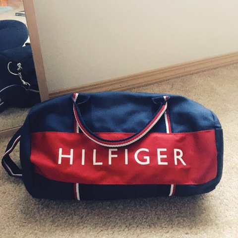 bfa499f1 @yvoinda. 2 years ago. Seattle, United States. Authentic Tommy Hilfiger  Duffle Bag!