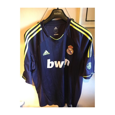2455f800f Real Madrid 2012 away kit. Size is XL great condition navy - Depop