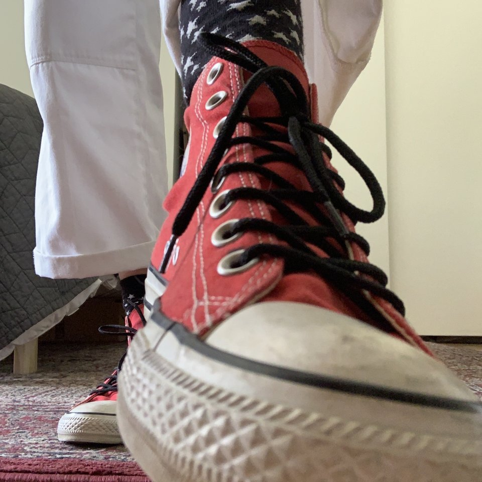 Red converse with black laces very hip