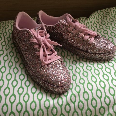 d25ae45483 ALDO size 8 glitter shoes! I've only worn these a few times - Depop