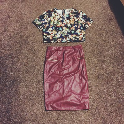 dc91c2bbb6f64a Brand new never worn tags still attached crop top and pencil - Depop