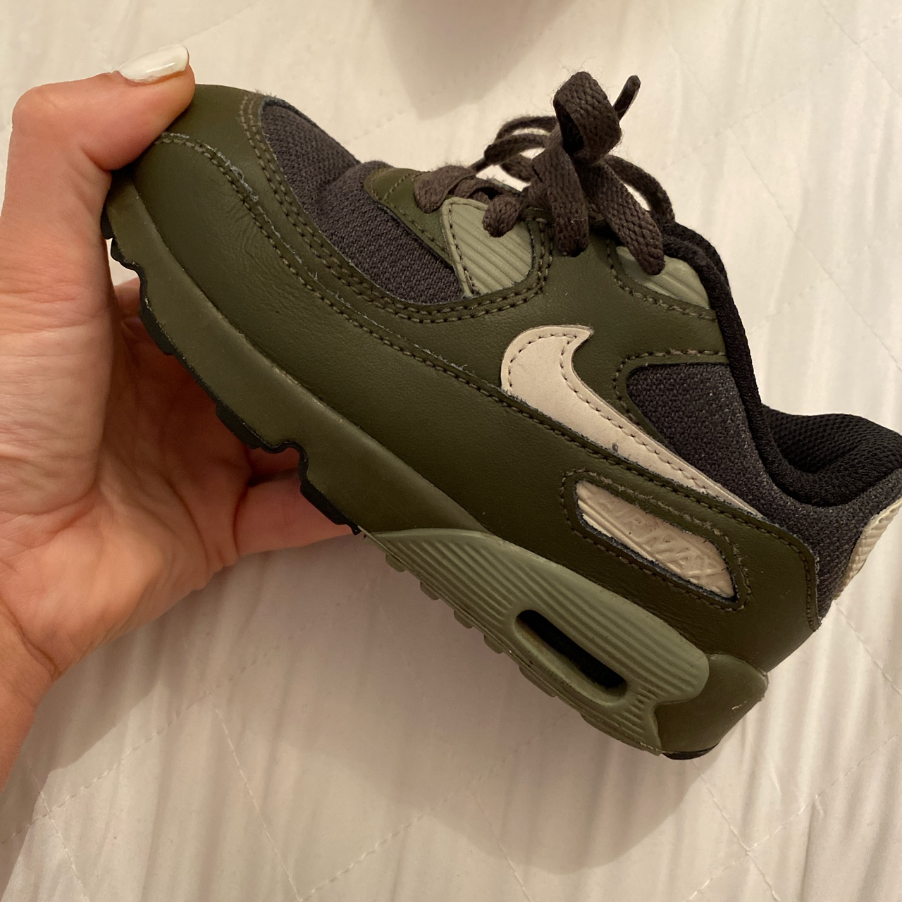 boys nike air max trainers size 1