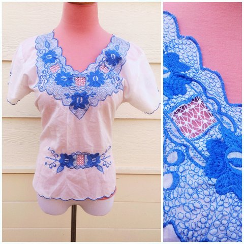 8484d49ae86496 Soft cotton 70 s blue embroidered hippy blouse with V neck a - Depop