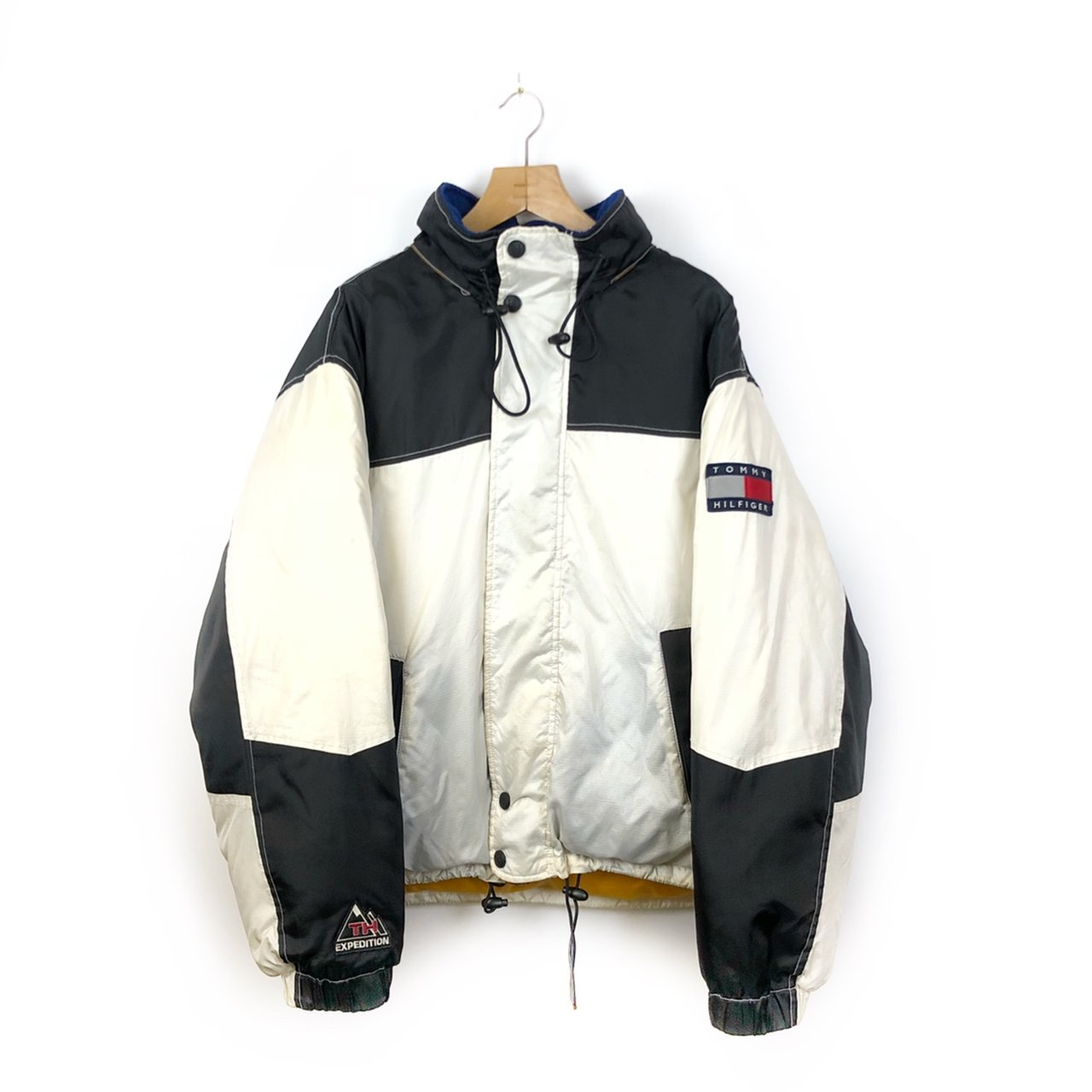 683516e3affda1 Vintage Tommy Hilfiger Expedition Reflective Puffer Jacket. - Depop