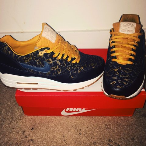 b3b10fcca5 @itsnixx. 3 years ago. London, UK. Nike Air Max 1 Black and Gold Exclusives!  Limited edition!