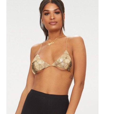 b6a49cdbca7a3 Gold chain bralet bought from pretty little thing for €22