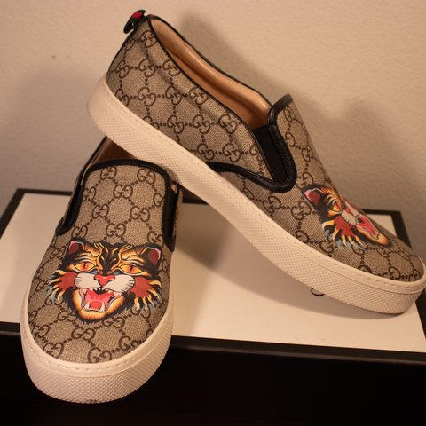 b0d3e92fd195b6 GUCCI ANGRY CAT DUBLIN SLIP-ON SNEAKERS -brand  size and - Depop