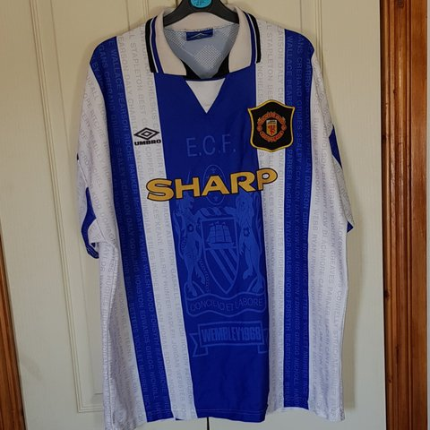 13265d2d6b2 Manchester United 94-96 3rd shirt Great condition for its - Depop