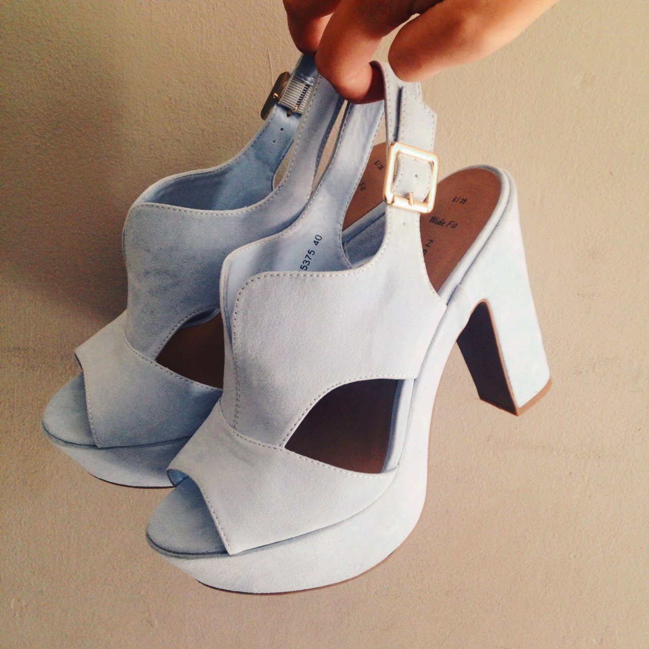 bbe66026015 Light blue New Look Wide Fit Heels. Size 6 39. Only worn in - Depop