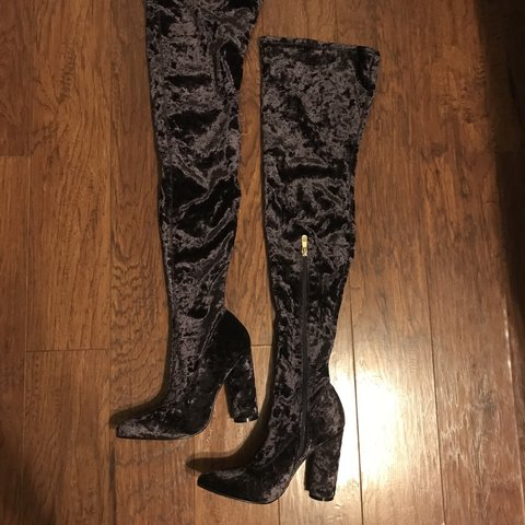 3c1379f298398 @dezzert. 7 months ago. United States. Thigh high boots size 7.5 crushed  velvet.