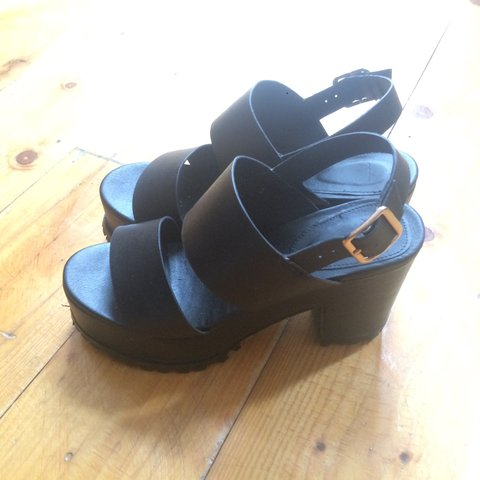 f398b0d54c6 Super nice platform shoes. Recently bought on asos. They are - Depop