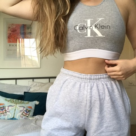 721f21b8be11c Gorgeous Calvin Klein crop top work out bra bralette can be - Depop