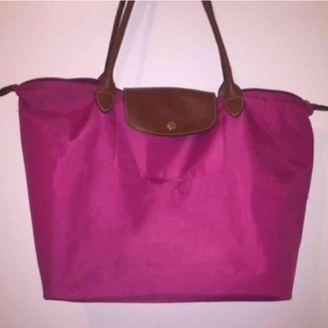 80c211b0eb19 large longchamp le pliage. i would say 7 10 condition. has - Depop