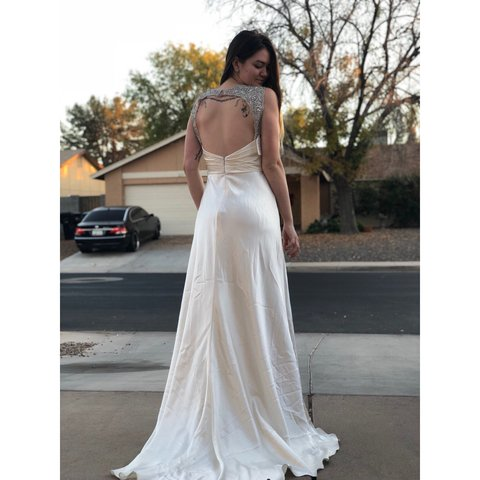 Gorgeous Pearly Silk White Wedding Gown Feels Like But Depop