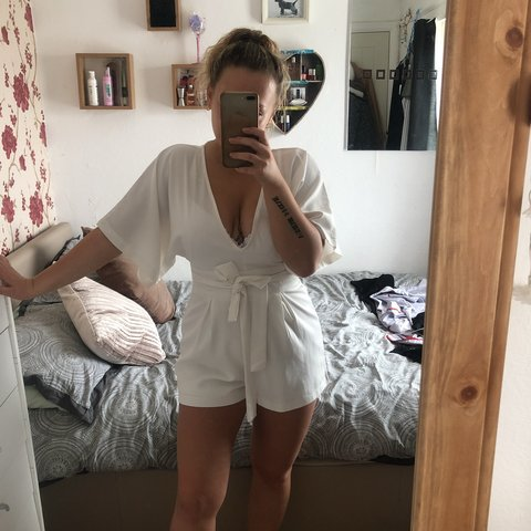 6c51be66 Selling this white/cream play suit! Zip goes all the way up - Depop