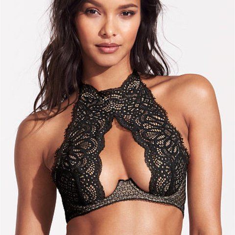 756ca4b56172 @_shanny_. 2 years ago. Los Angeles, United States. Victoria's Secret Dream  Angels Lace Underwire High Neck Bra ...