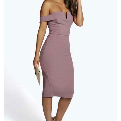 afbc7592aed3 Boohoo mauve off the shoulder dress. Worn once for my Paid - Depop
