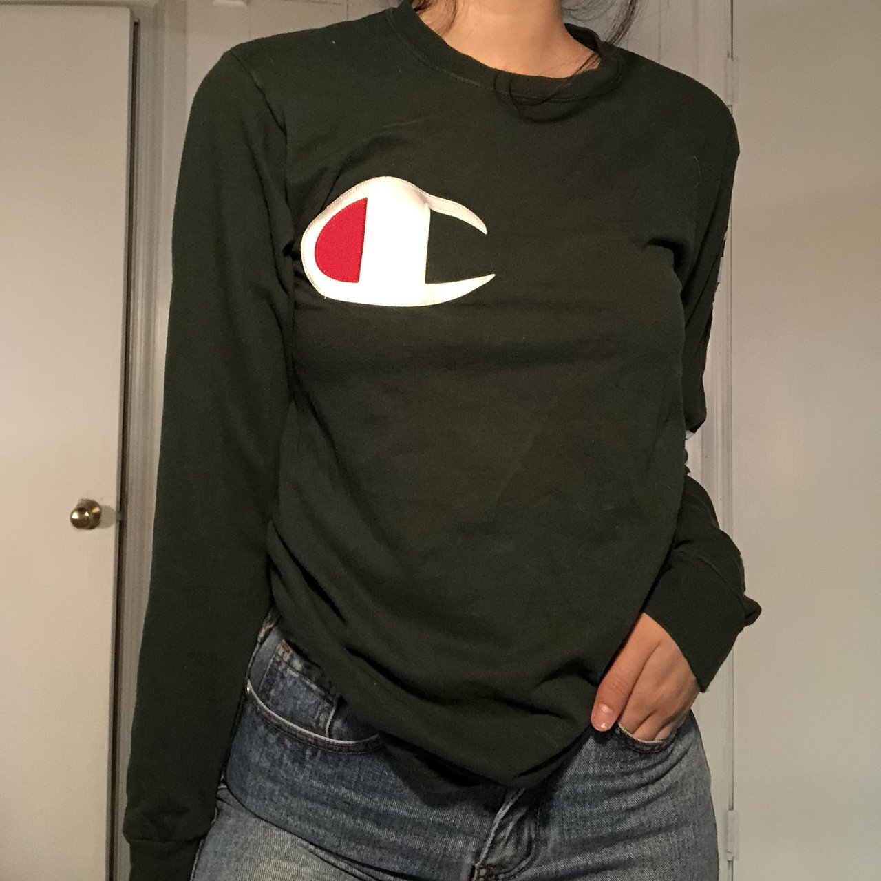 🤩 UO OLIVE CHAMPION LONG-SLEEVE 🤩 - Depop 9446df78ca0a