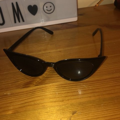 67efe35ae2155 Pretty little thing cat eye sunglasses. Bought for skiing be - Depop