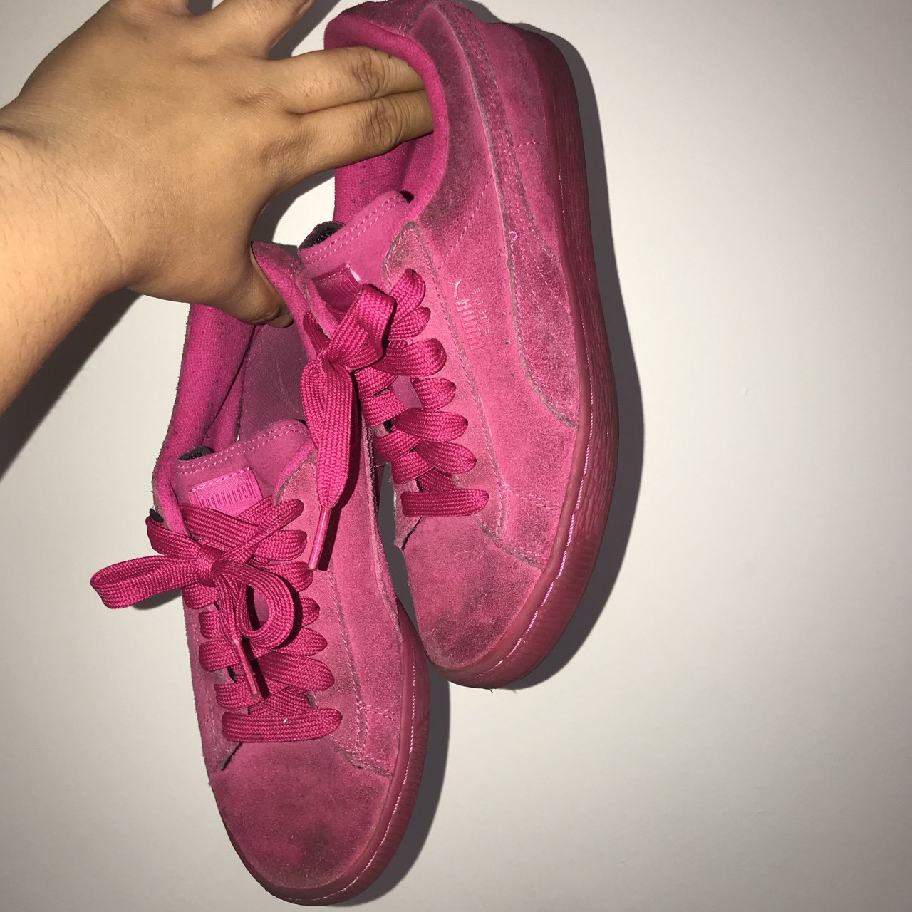9d5e6df0a5bfdd Hot pink suede pumas They are dirty mostly because I don t - Depop