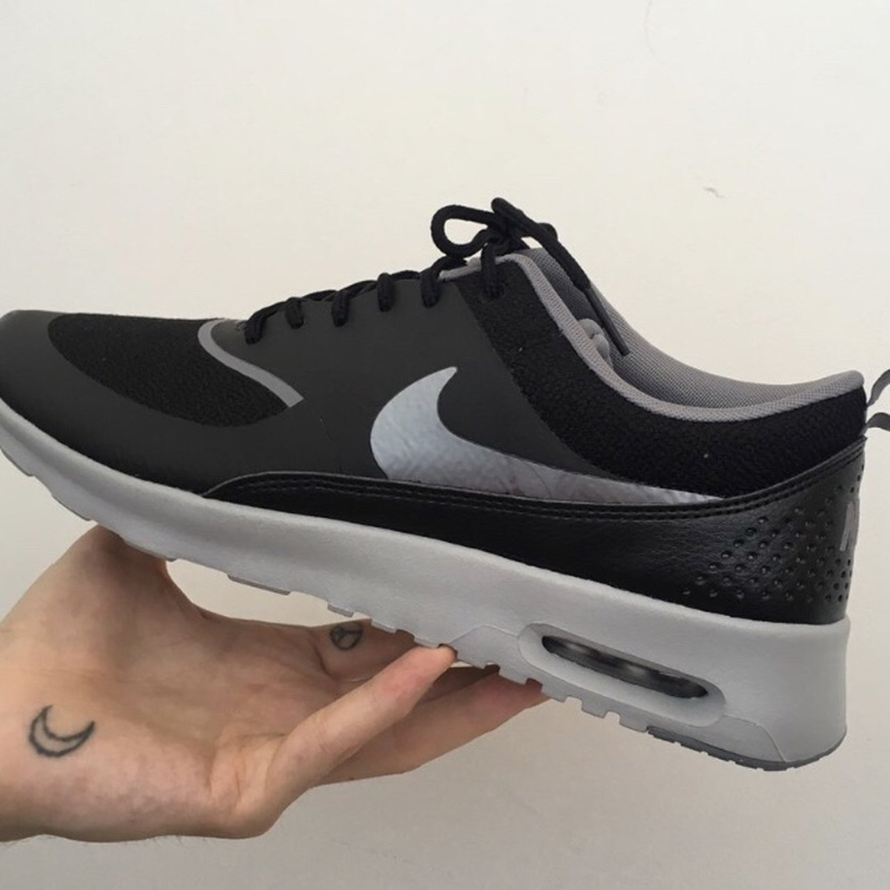 03c65d47144 Nike Air Max Thea    worn a handful of times    amazing shoe - Depop