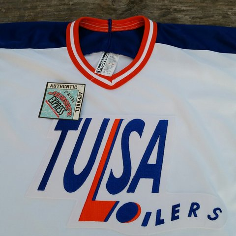 7be7881c New Vintage Bauer Tulsa Oilers Ice hockey jersey Size S / UK - Depop