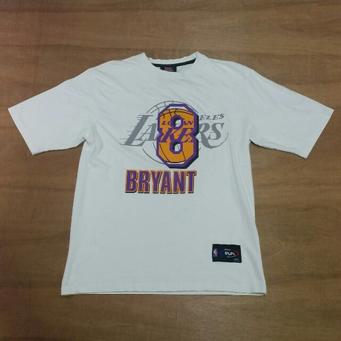 29670da6652 Vintage Los Angeles Lakers Kobe Bryant white crewneck by UNK - Depop