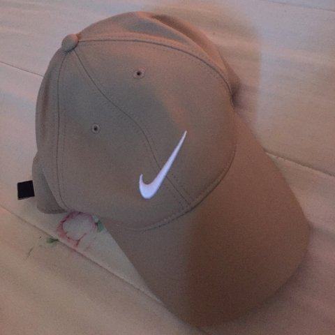 1ad14c441d344 TAN NIKE GOLF HAT. I bought this hat for 18 bucks online   I - Depop