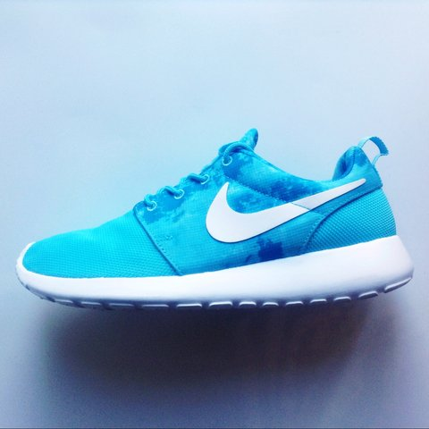 more photos 27845 4e82a  fashionistainthehouse. 3 years ago. United Kingdom. Nike Roshe Run Sky Blue  Water Colour Pattern White ...