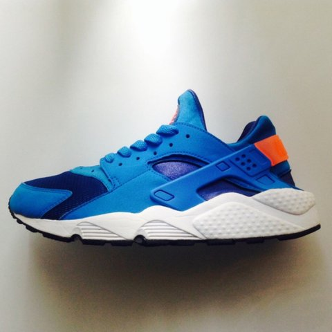 meet 55425 124f3  fashionistainthehouse. 3 years ago. United Kingdom. Nike Air Huarache, Gym  Blue   Bright Mango ...