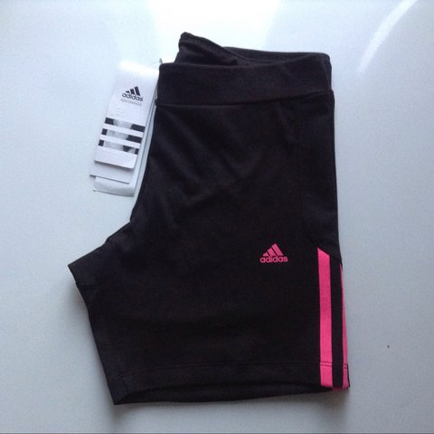 469347bb1a35  fashionistainthehouse. last year. United Kingdom. Adidas 3S Tight Short  Performance ...