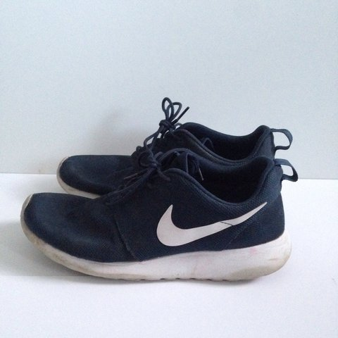 separation shoes beed6 05c50 Nike Roshe run, size 7, navy blue. Purchased second hand a a - Depop